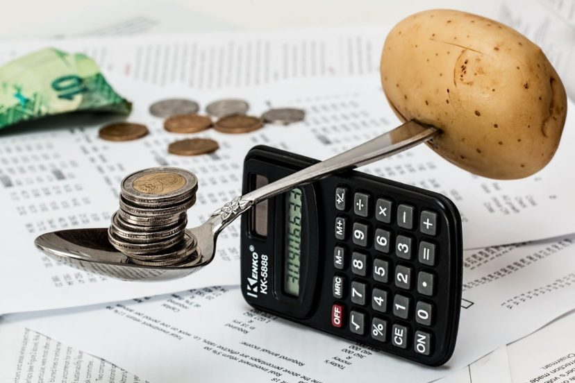 CRMシステムの開発費用イメージ