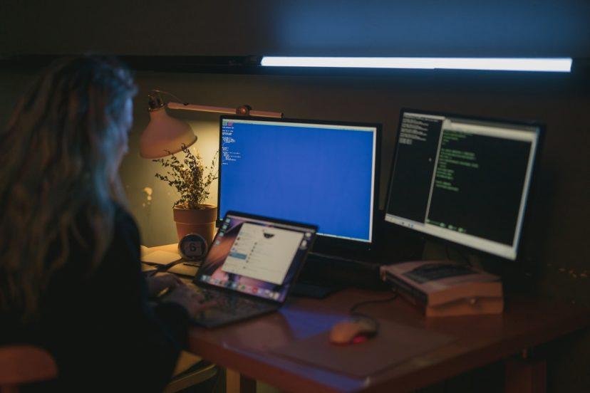 アプリの開発業者を選定する際の注意点