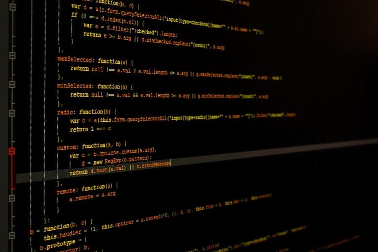 iPhoneアプリを作成できるプログラミング言語 イメージ画像