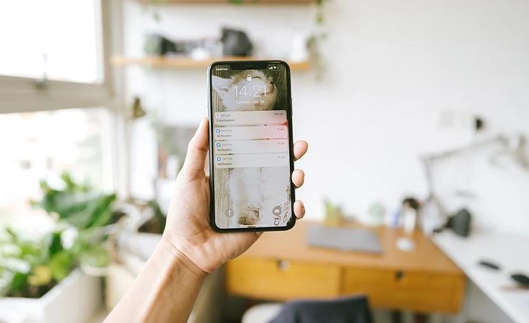おすすめビジネスアプリ:コミュニケーション イメージ画像