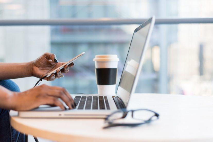 インターネットの時代における消費者行動事例の分析方法