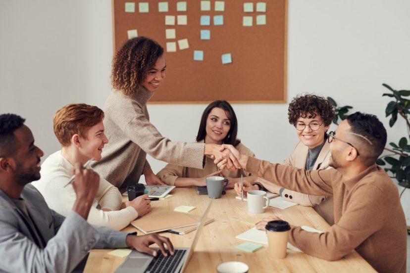 顧客とのコミュニケーション戦略に関する4つの施策