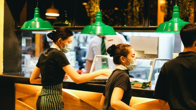 CRMツールを飲食店に導入すると何ができる?
