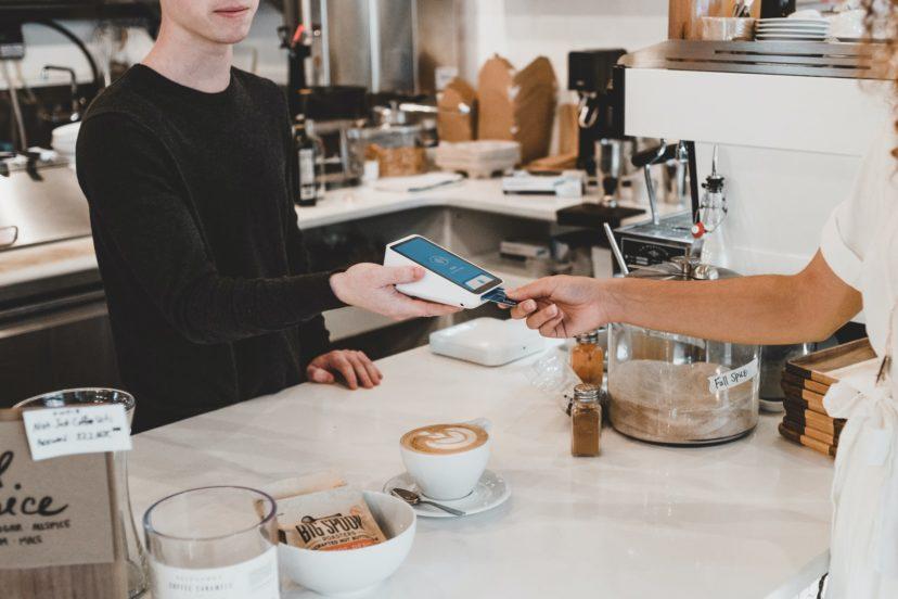 DX化が進む飲食店の変化