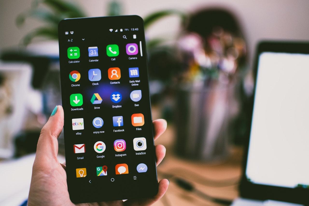 アプリ開発比較(iPhone・Android編) イメージ画像