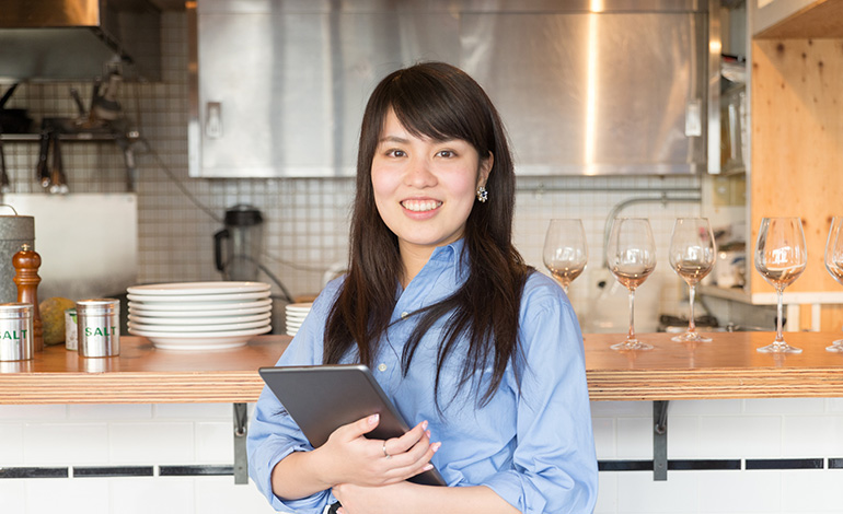 飲食店が顧客管理システム(CRM)を重要視すべき理由 アイキャッチ画像