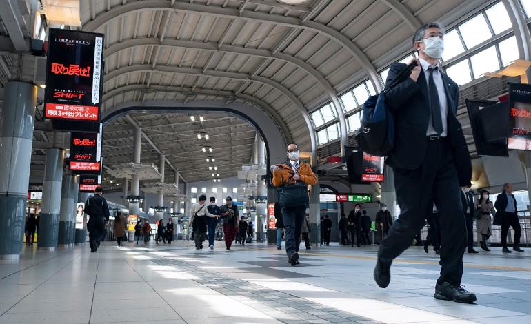 「CRM」でwithコロナ時代を顧客とともに乗り越える アイキャッチ画像
