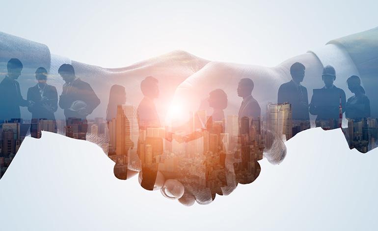 中小企業が抱える採用課題とは?解決方法とIT活用事例の紹介 アイキャッチ画像