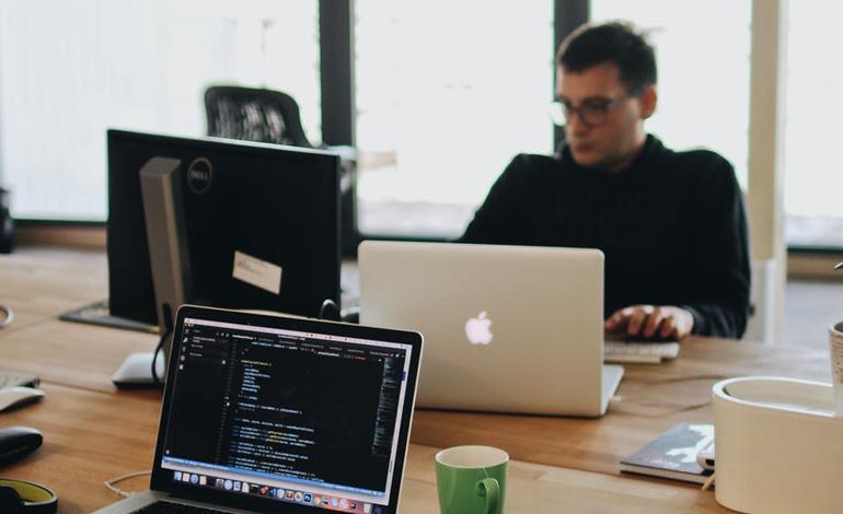 スキルを見える化できる「スキル管理」とは?手法やシステムについてご紹介 アイキャッチ画像