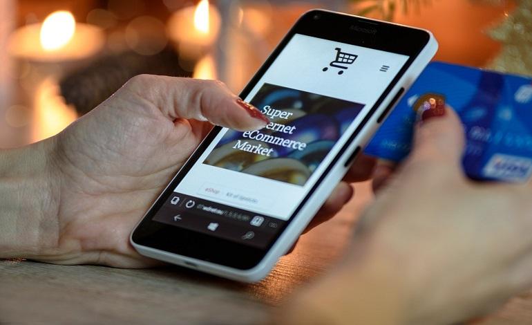 アプリで販促するメリットは?百貨店の事例や活用の注意点などについて アイキャッチ画像