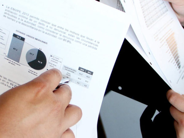 顧客データ分析を行うメリット【手法とポイントあり】 アイキャッチ画像