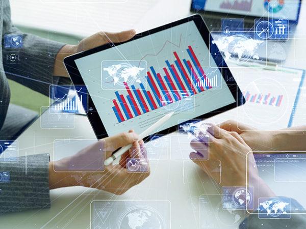 セグメントを分けて消費者ニーズに対応!セグメント分析について詳細解説! アイキャッチ画像