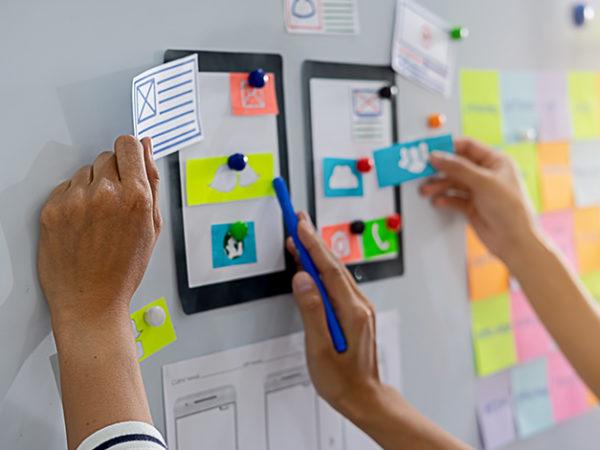 アプリ製作を素人が実現する2つの方法【4つのメリットあり】 アイキャッチ画像