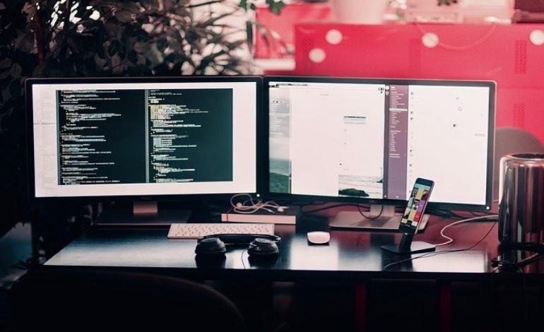 おすすめの店舗アプリ開発サービス4選|機能・料金・実績を紹介 アイキャッチ画像